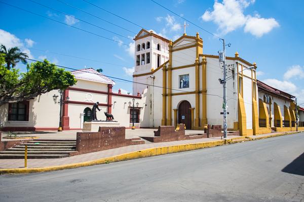 Iglesia @Leòn